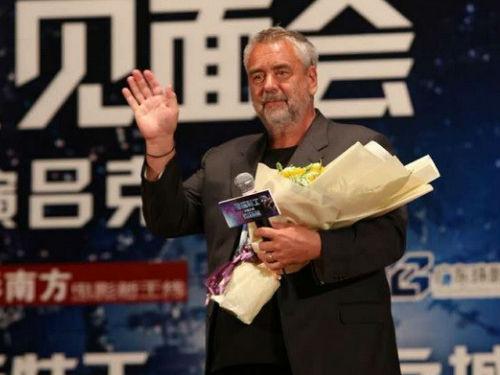 吕克·贝松广州宣传《星际特工:千星之城》