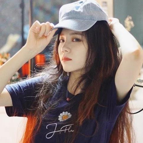 被誉为侧颜女神的韩国歌姬:J.Fla