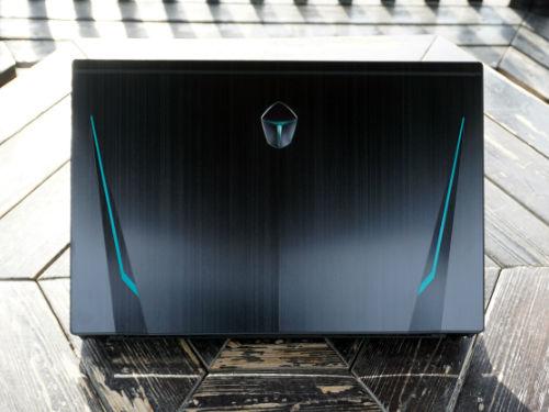酷黑冷峻立体造型 雷神911黑幽灵游戏本图赏