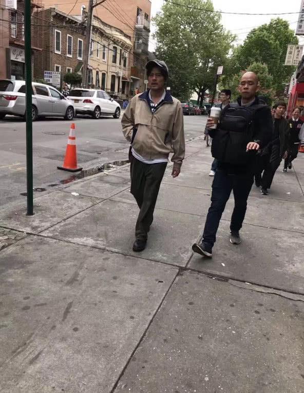 郭富城纽约拍新戏 化老年妆憔悴又落魄像是小老头