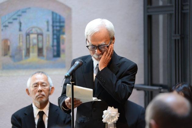 高�x勋告别仪式举办 宫崎骏导演流泪缅怀盟友几度哽咽
