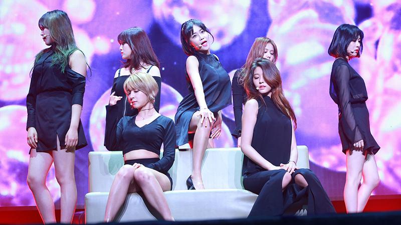 AOA演唱会劲歌嗨翻天 观众惊喜万分